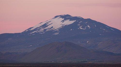 hekla  iceland  midnight sun