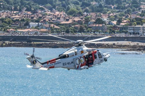 helicopter rescue sea