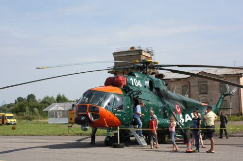 helicopter chopper landed
