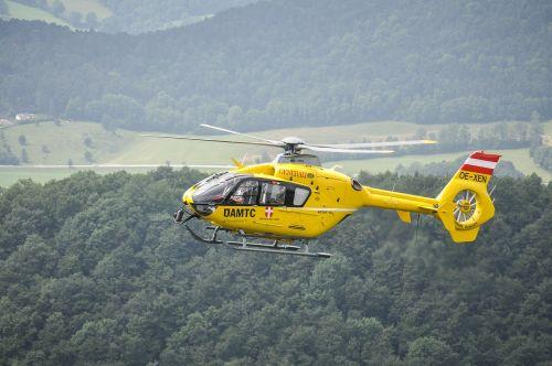 helicopter christophorus9 yellow