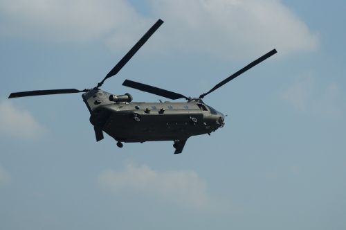 helicopter royal air force chinook