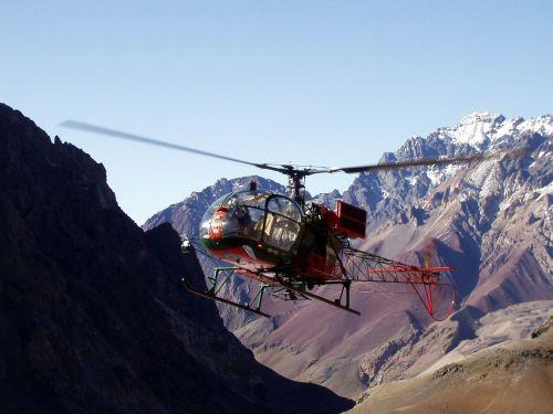 helicopter mountain rescue aconcagua