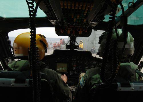 helicopter pilots cockpit preparations