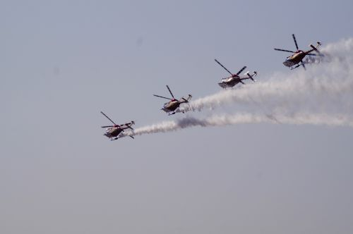 helicopters aerobics planes