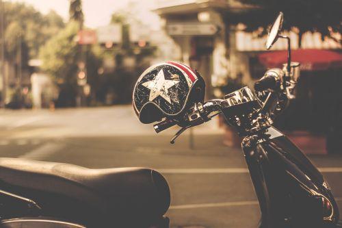 helm motorcycle road