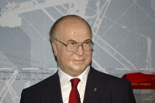 helmut kohl politician wax figure