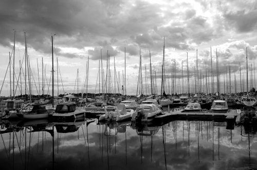 helsinki yacht club marina reflection