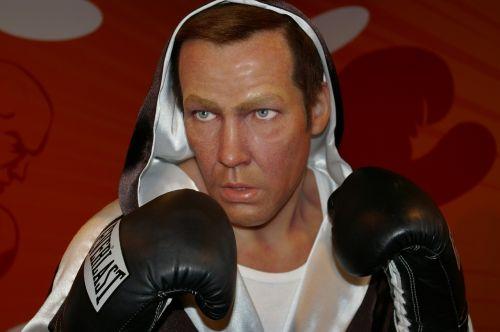 henry maske boxer wax figure