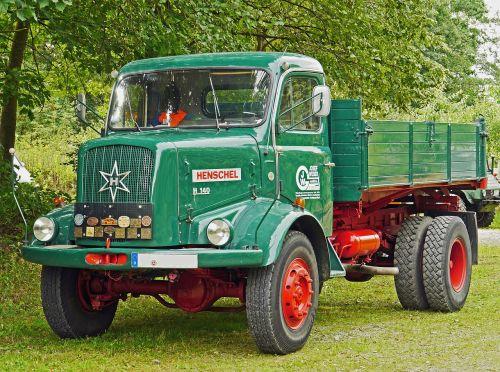 henschel truck tipper