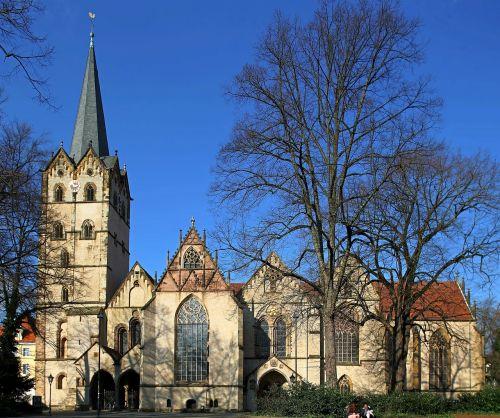herford muenster church sunbathe seven