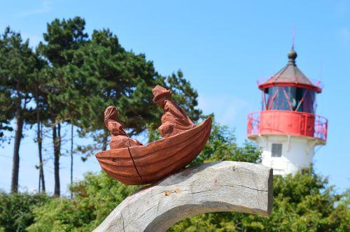 hiddensee lighthouse holzfigur
