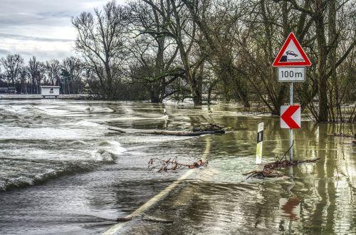 high water flooded flood