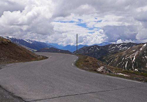 highest pass road europe col de la bonette maritime alps
