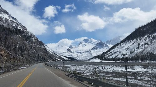 highway mountains scenic