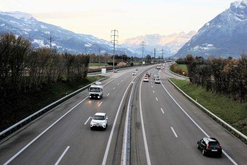 highway speed automotive