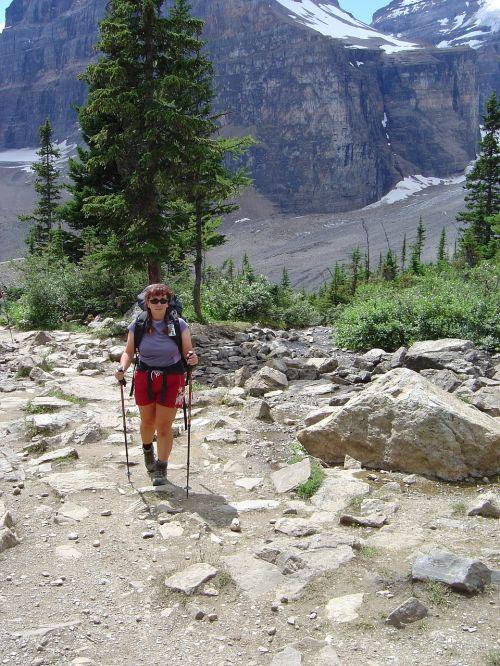 hiking canadian rockies bow glacier
