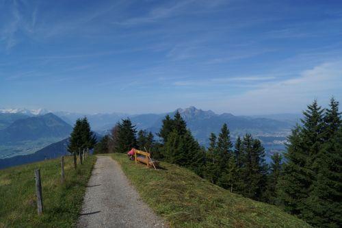 hiking mountains alpine