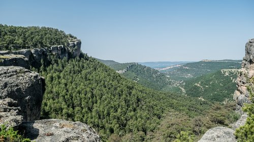 hiking  sierra  basin