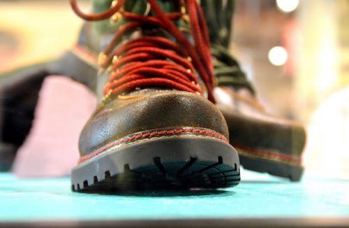 hiking shoes fashion stile