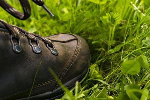 hiking shoes hiking shoes