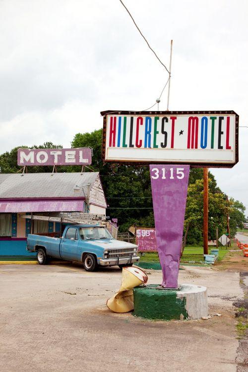hillcrest motel sheffield alabama
