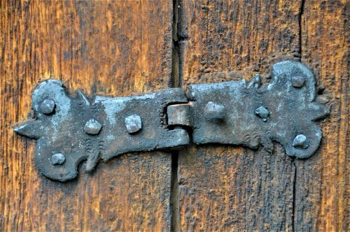 hinge,old,door,stainless,wood,rusted,old door,weathered,antique,iron,metal,rivet,nails,close