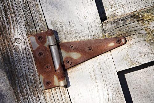 hinge wood door
