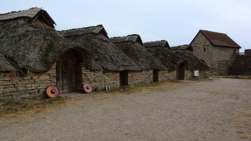 historical buildings celtic settlement celts