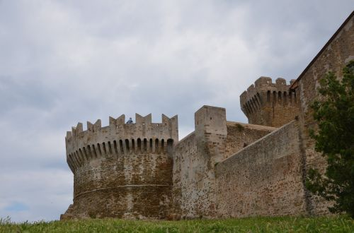 historically building defensive tower