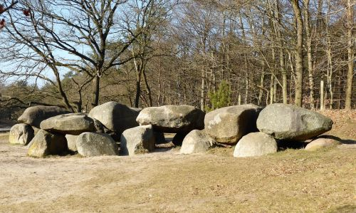 history dolmen prehistory