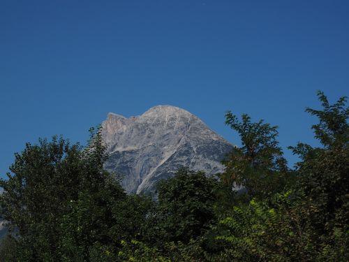 hohe munde mountain mieminger chain
