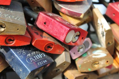 hohenzollern bridge cologne love locks