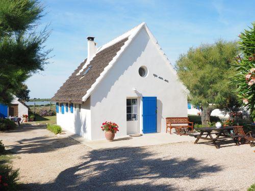 holiday house cottage saintes-maries-de-la-mer