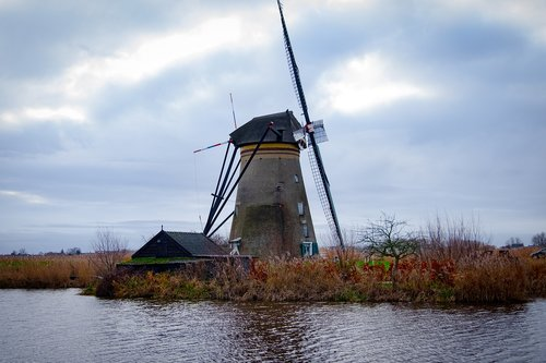 holland  kinderdijk  landscape