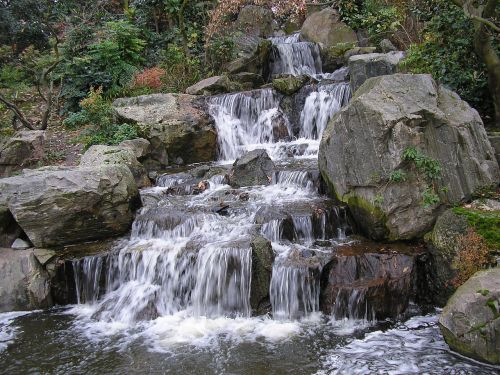 holland park japanese garden england