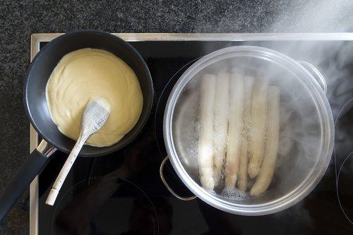 hollandaise sauce  pan  wooden spoon