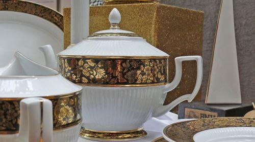 hollóháza porcelain gold plated