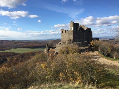 hollókő castle autumn
