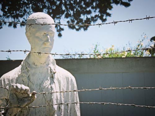 holocaust holocaust memorial memorial