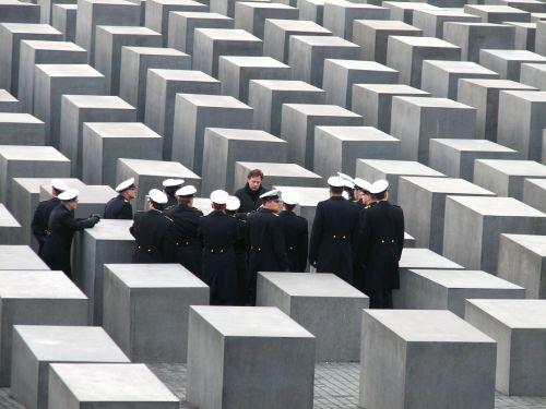 holocaust memorial berlin monument