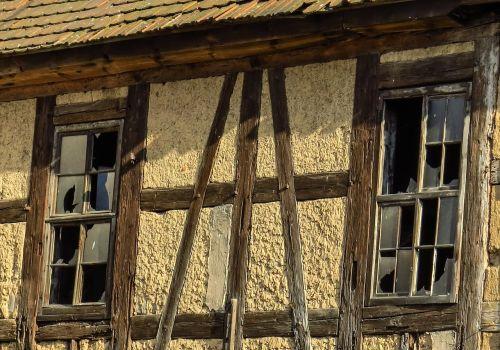 home facade truss