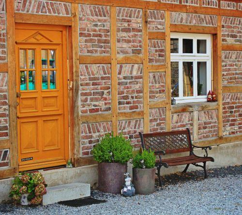 home house facade architecture