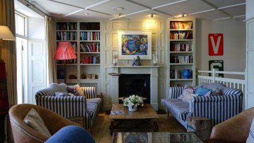 home interior room