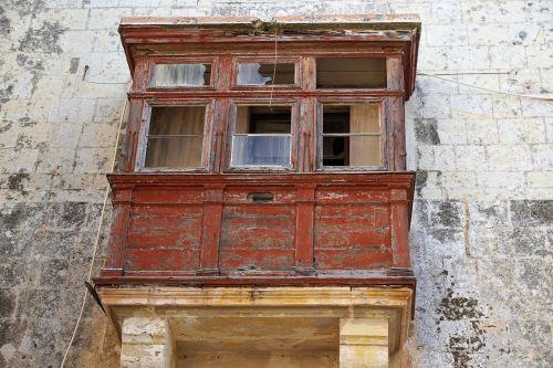 home facade old