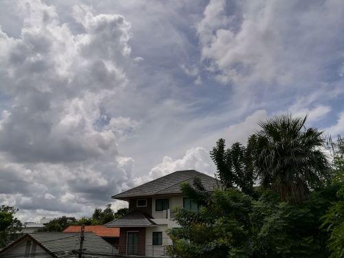 home housing sky