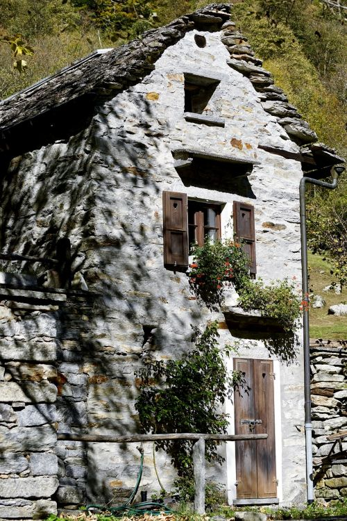 home stone house architecture