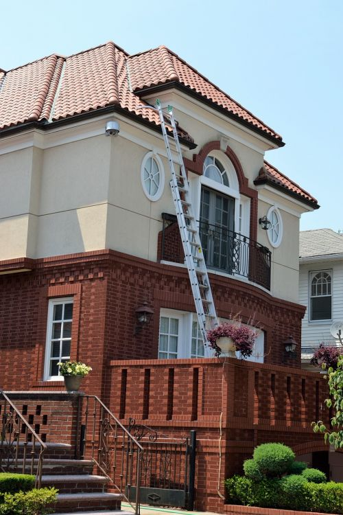 home ladder roofing