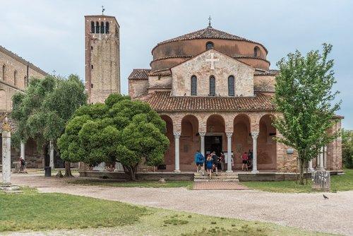 house  church  byzantine