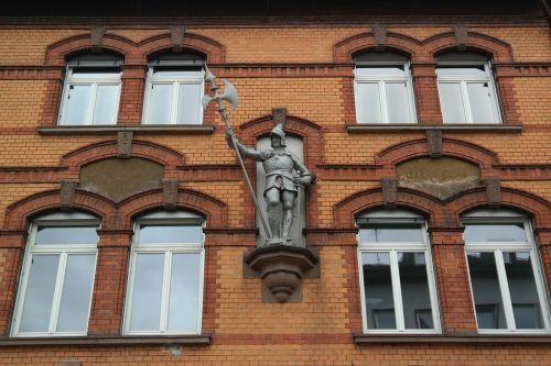 home facade knight