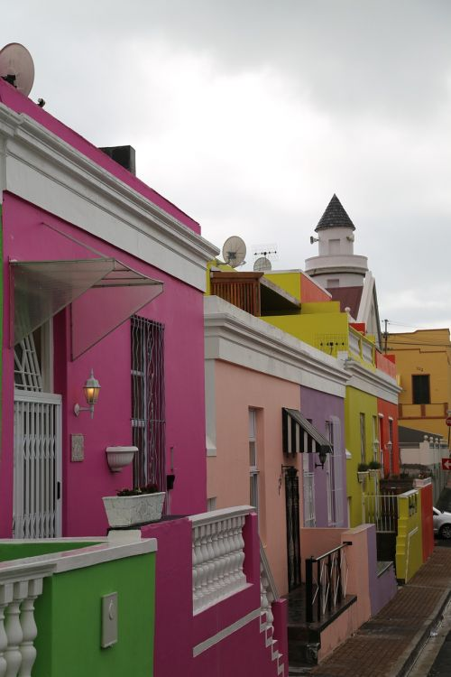 homes colorful city